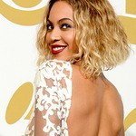 Get the Look: Beyonce At The Grammy's