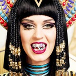 We Take the Katy Perry Dark Horse Cleopatra Look into Every Day Wear