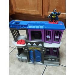 batman bat cave and gothenm city jail