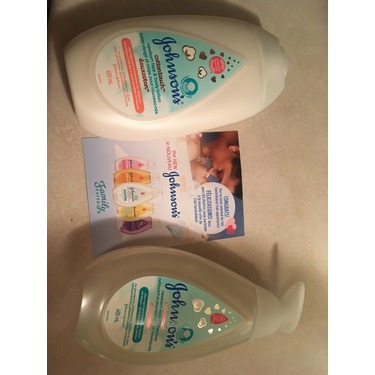 Johnson's® Cottontouch™ Newborn Wash and Shampoo