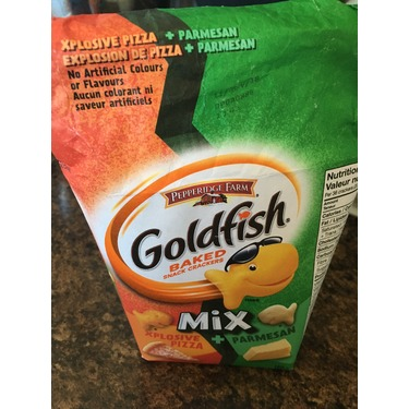 Pepperidge farm goldfish mix, xplosive pizza + parnesan