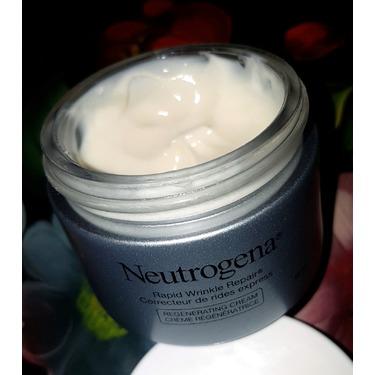 Neutrogena® Rapid Wrinkle Repair® Regenerating Cream