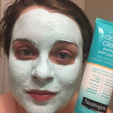 Neutrogena Clay Cleanser and Face Mask, Deep Clean Bentonite and Kaolin Clay Mask