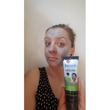 Bioré Charcoal Whipped Purifying Detox Mask Facial