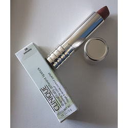 Clinique Dramatically Different Lipstick Shaping Color