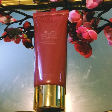 WANDER BEAUTY Lift Off Purifying and Brightening Peel Off Mask