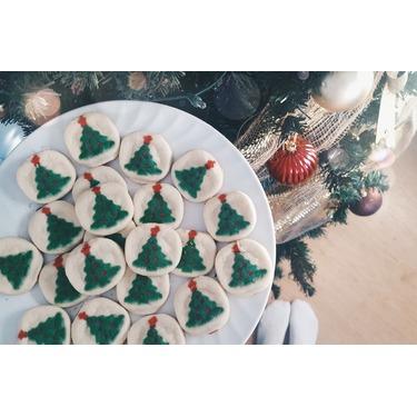 Pillsbury Christmas Sugar cookie