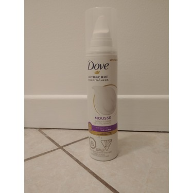 Dove UltraCare Conditioner Weightless+Volume Mousse