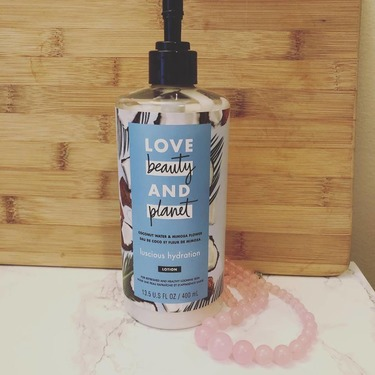 Love Beauty & Planet Coconut Water & Mimosa Flower Luscious Hydration Body Lotion