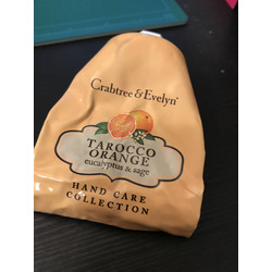 crabtree & evelyn tarocco orange eucalyptus and sage hand therapy