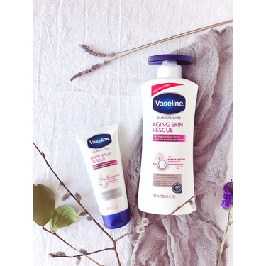 Vaseline Clinical Care™ Dark Spot Rescue Moisturizing Hand Cream