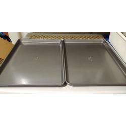 Calphalon Nonstick Bakeware Baking Sheet 2-Piece Set