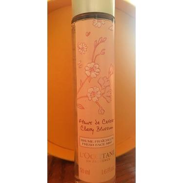 L'Occitane Cherry Blossom Fresh Face Mist