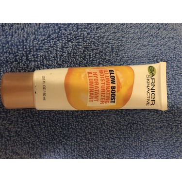 Garnier skin active glow boost