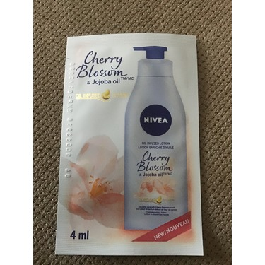 NIVEA Oil Infused Cherry Blossom & Jojoba Oil Body Lotion