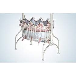 Corsican Kids Lullaby Iron Cradle
