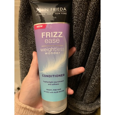 John Frieda Frizz Ease Weightless Wonder Conditioner