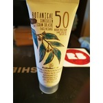 Australian gold tinted sunscreen