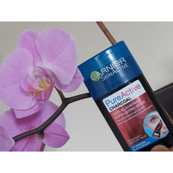 Garnier charcoal exfoliating stick