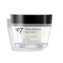 No 7 protect and perfect day cream