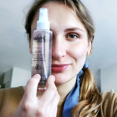 NYX Professional Makeup Bare With Me Prime. Set. Refresh. Multitasking Spray