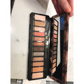 Urband Decay Naked Reloaded eyeshadow palette