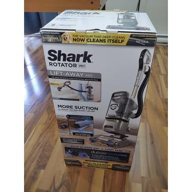 Shark® Rotator® Lift-Away® with Self-Cleaning Brushroll Upright Vacuum ZU572