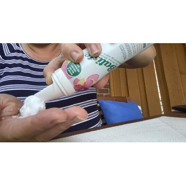 Batiste Waterless Cleansing Foam with Hibiscus Root