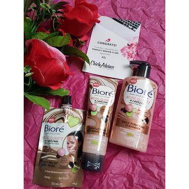 Bioré Rose Quartz + Charcoal Gentle Pore Refining Scrub