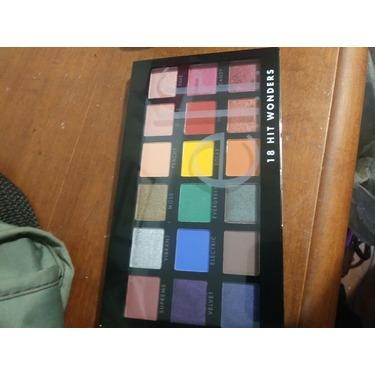 Elf eyeshadow 18 color palette