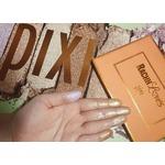 Pixi x rachhloves highlighter palette
