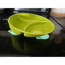 The First Years - Inside Scoop Plate with Suction Base
