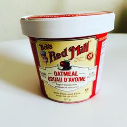 Bob's red mill gluten free oatmeal cup apple+cinnamon