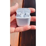 Apple Generation 2 AirPods