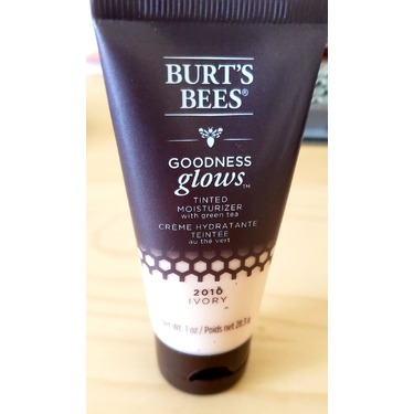 Burt's Bees Goodness Glows Tinted moisturiser