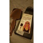 Aria beauty luxe chrome detanglinh brush