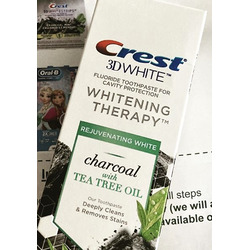 Crest 3D White Whitening Therapy Charcoal and Tea Tree