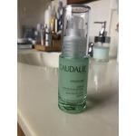 Caudalie skin perfecting serum