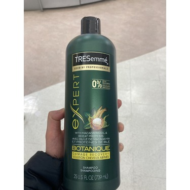 TRESemmé Botanique Shampoo With Macadamia Oil