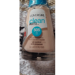 Covergirl clean matte ivory foundation