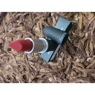 MAC Powderkiss lipstick in Werk Werk Werk