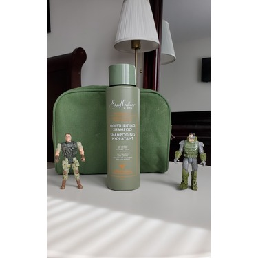 Shea moisture men Moisturizing shampoo with Raw shea butter and Mafura oil