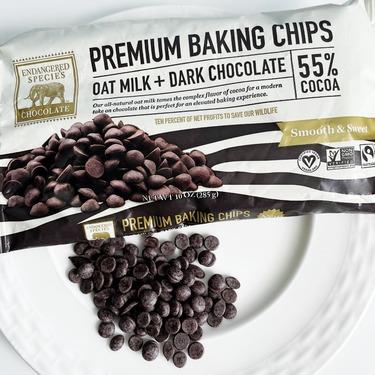 Endangered Species Chocolate Baking Chips Oat Milk 55% Dark Chocolate