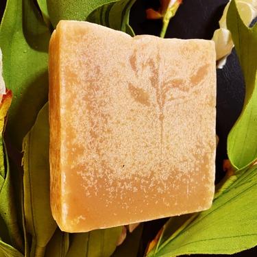 NNVE Turmeric Soap Bar