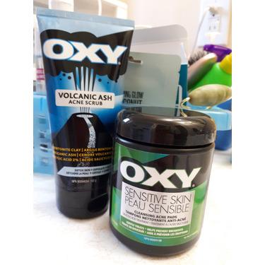 Oxy Volcanic Ash Acne Scrub