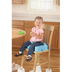 Safety 1st Deluxe Sit, Snack and Go Booster