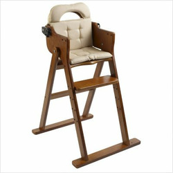 Anka by Svan Convertible Folding Wood High Chair in Honey