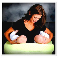 """EZ-2-Nurse Twins"""" Plush Feeding Pillow (Lime)"""
