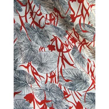 Osaka DRIA Nursing Cover (Lillypad Asian print with dark red stitching)