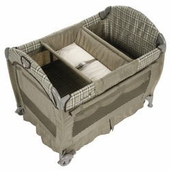 Safety 1st Deluxe Play Yard - Marion